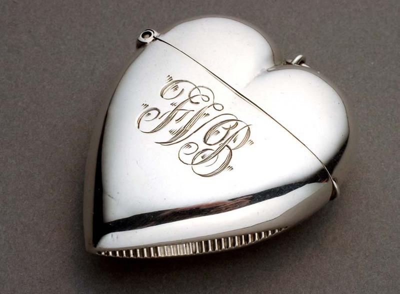 Srebrna magija Silver%20Heart%20Vesta%20Case_Heart%20Vesta