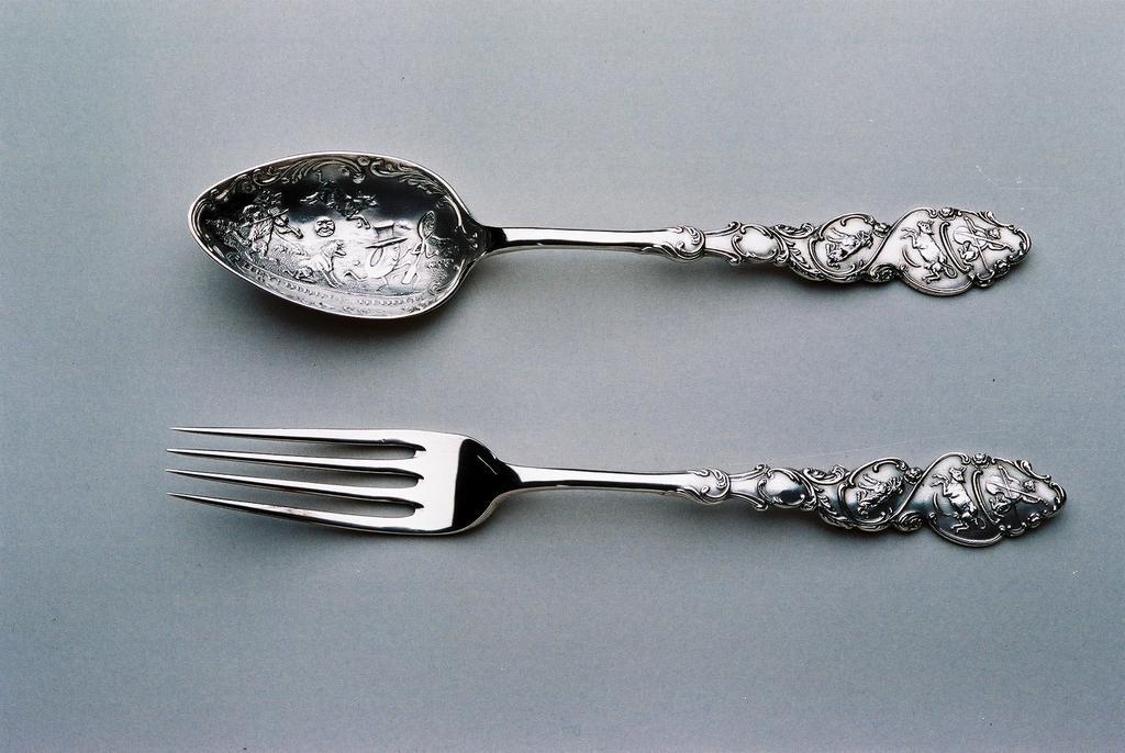 Leopard Antiques Antique Silver Christening set (Nursery rhyme)